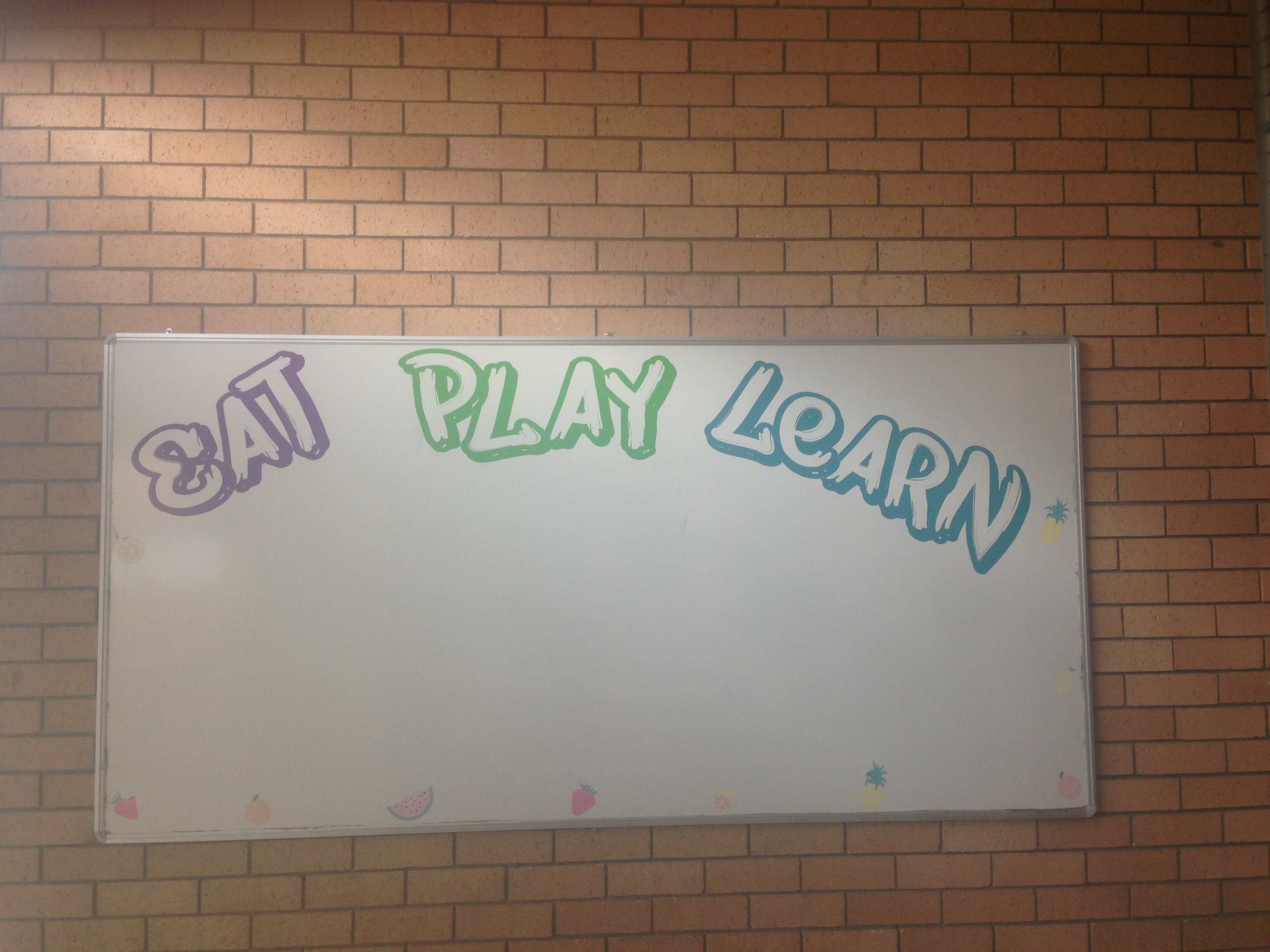 Eat, play, learn.